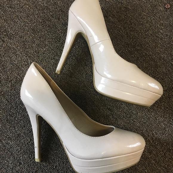 1c918a93605 LC Lauren Conrad Shoes - Lauren Conrad Nude Pumps